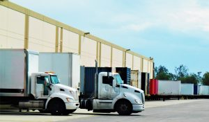Read more about the article 12 Tips In Safely Backing Your Truck And Trailer